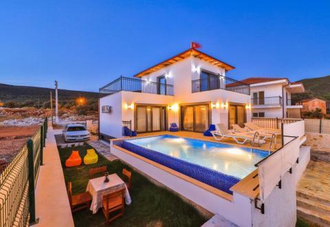 Villa Mega 1
